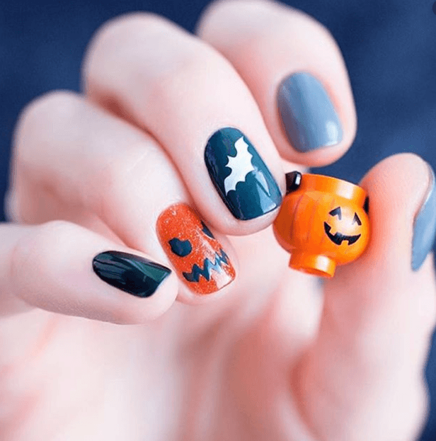 http://Halloween%20Nails%20in%20Doncaster