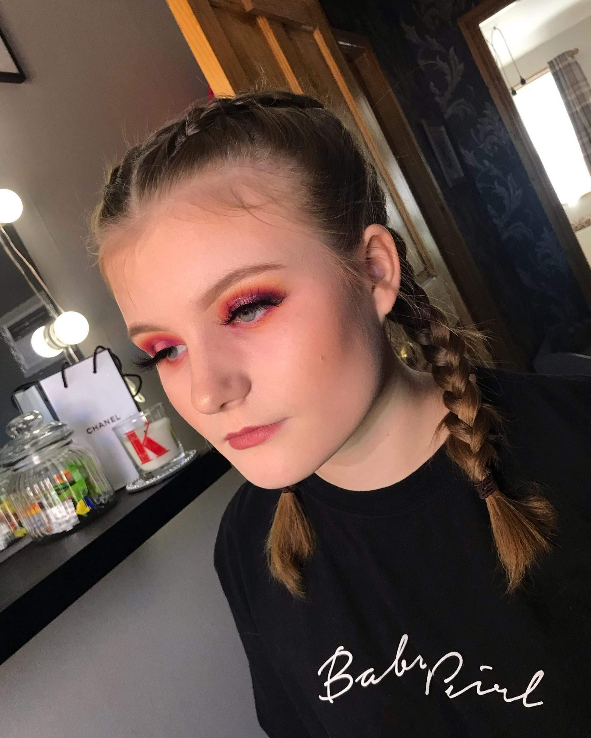 http://makeup%20artist%20in%20Doncaster